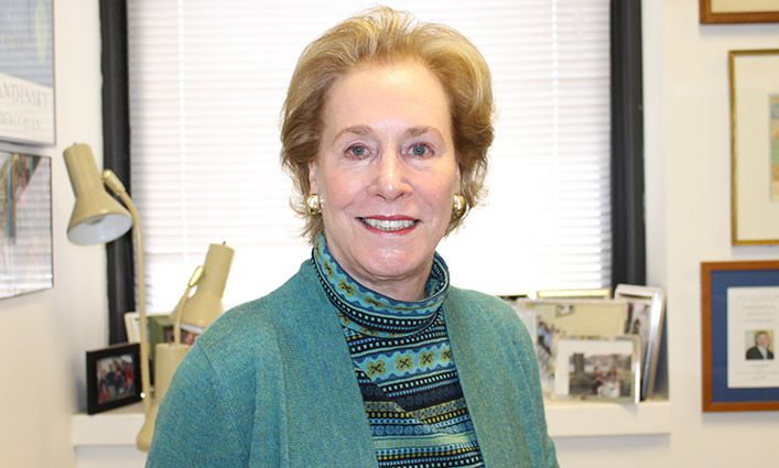 Distinguished Faculty Award Winner Bettina P. Murray, Ph.D., Stays Focused On Student Success
